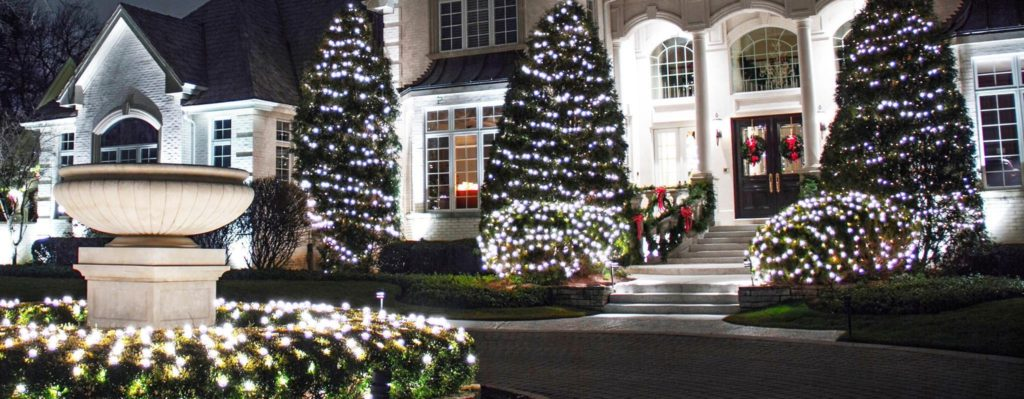 Professional Holiday Light Installation By Smart Wash